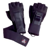 Triple8  Hired Hand Wrist Guards